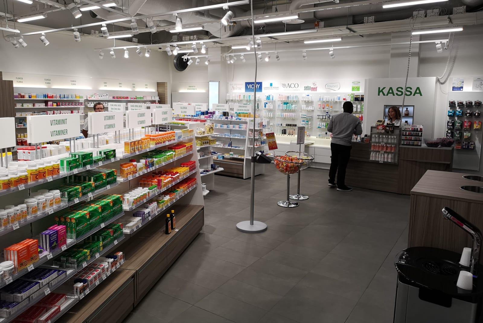 vmp-interior_uudisti_apteekin_metroasemalla.jpg